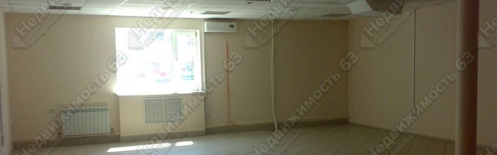 Продажа офисно–торгового помещения на ул.Гаражной/ ул.Революционной