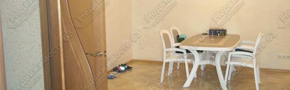 Аренда двухэтажного коттеджа 358 кв.м. с цоколем и мансардой на участке 10 соток