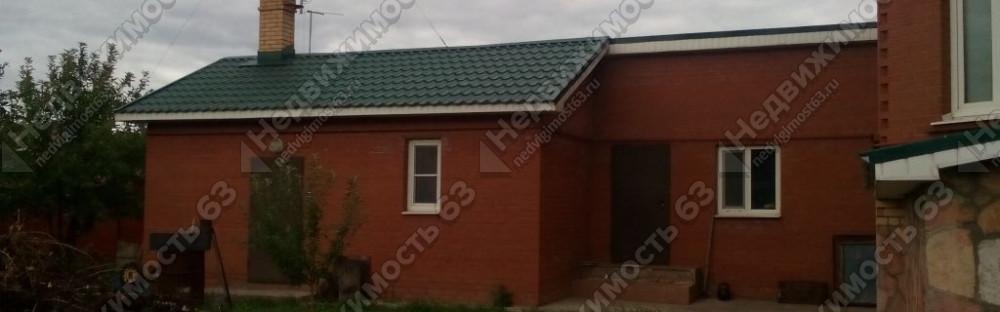 Двухэтажный коттедж 420 кв.м. с цоколем на участке 11 соток